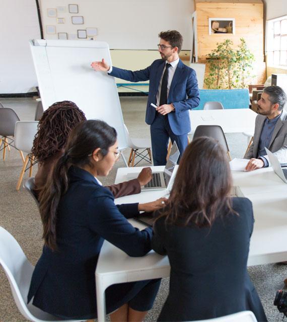 Intégrer une école de commerce et de management